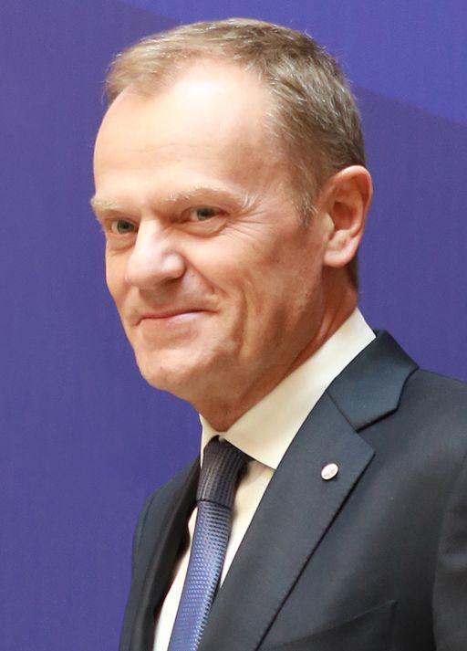Donald Tusk / Foto: European People's Party Derivative work: TharonXX [CC BY 2.0 (http://creativecommons.org/licenses/by/2.0)], via Wikimedia Commons